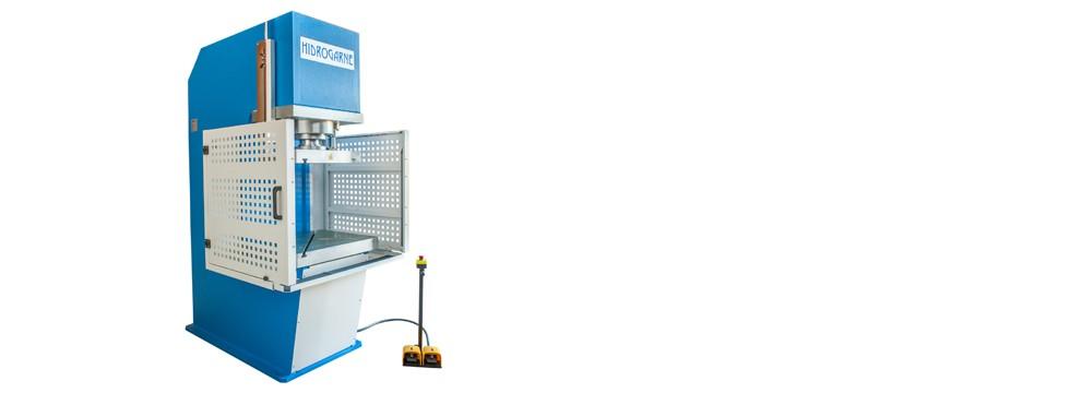 Prensas hidráulicas HIDROGARNE serie C motorizadas con cuello de cisne