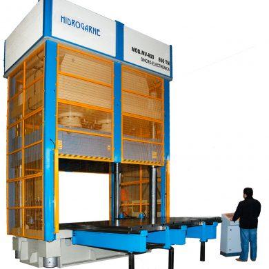 Prensa hidráulica HIDROGARNE MV-800 motorizada de 4 columnas
