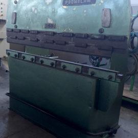 Plegadora hidráulica convencional revisada MEBUSA de ocasión