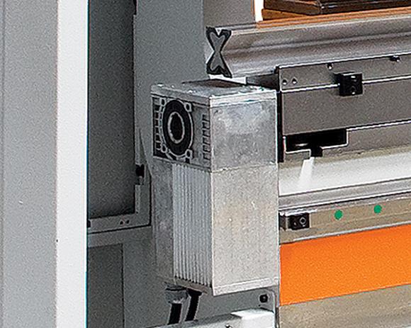 Mesa de compensación motorizada, para plegadoras hidráulicas HIDROGARNE EPR