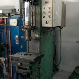 Hydraulic press throat depth RIBA 20 Tn