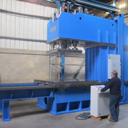 C-frame special hydraulic press with a throat depth of 1600 mm