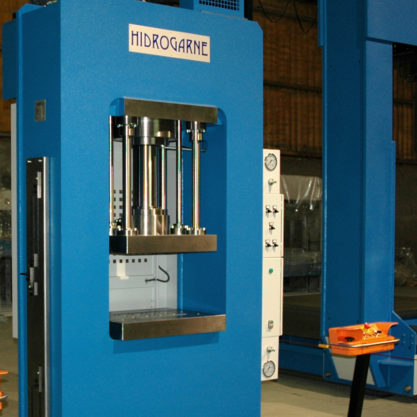 Special HIDROGARNE hydraulic press optimized for deep-drawing