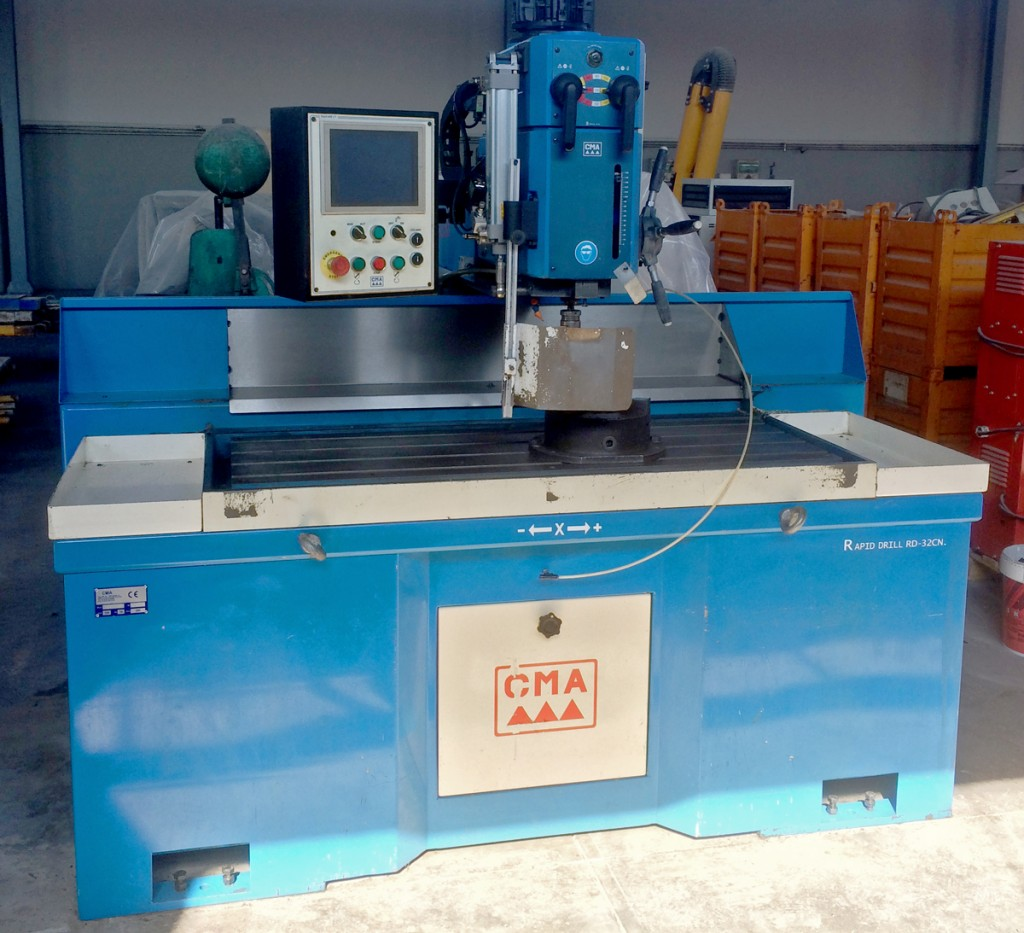 Used and revised radial drilling machine CMA mod. TRD-32-NC