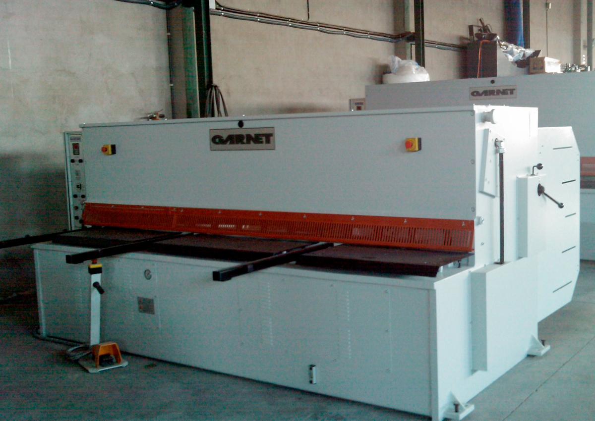 Used and revised GARNET hydraulic shear