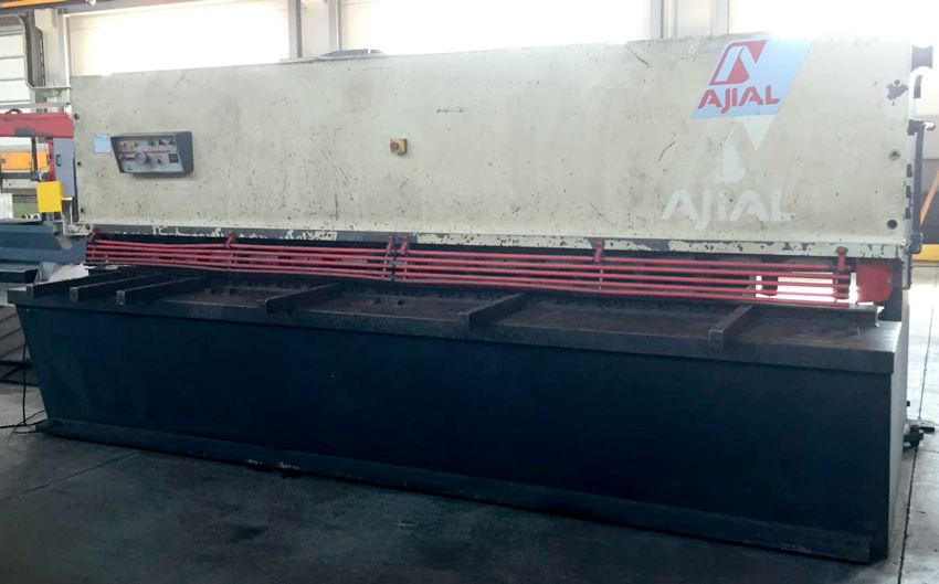 Second-hand AJIAL hydraulic shear
