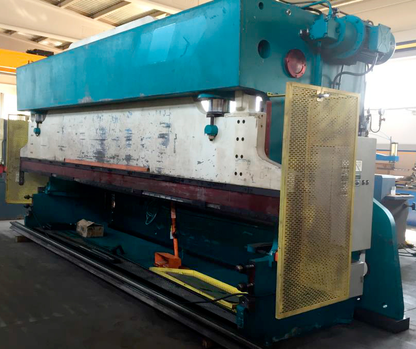 Revised hydraulic press brake AJISAL