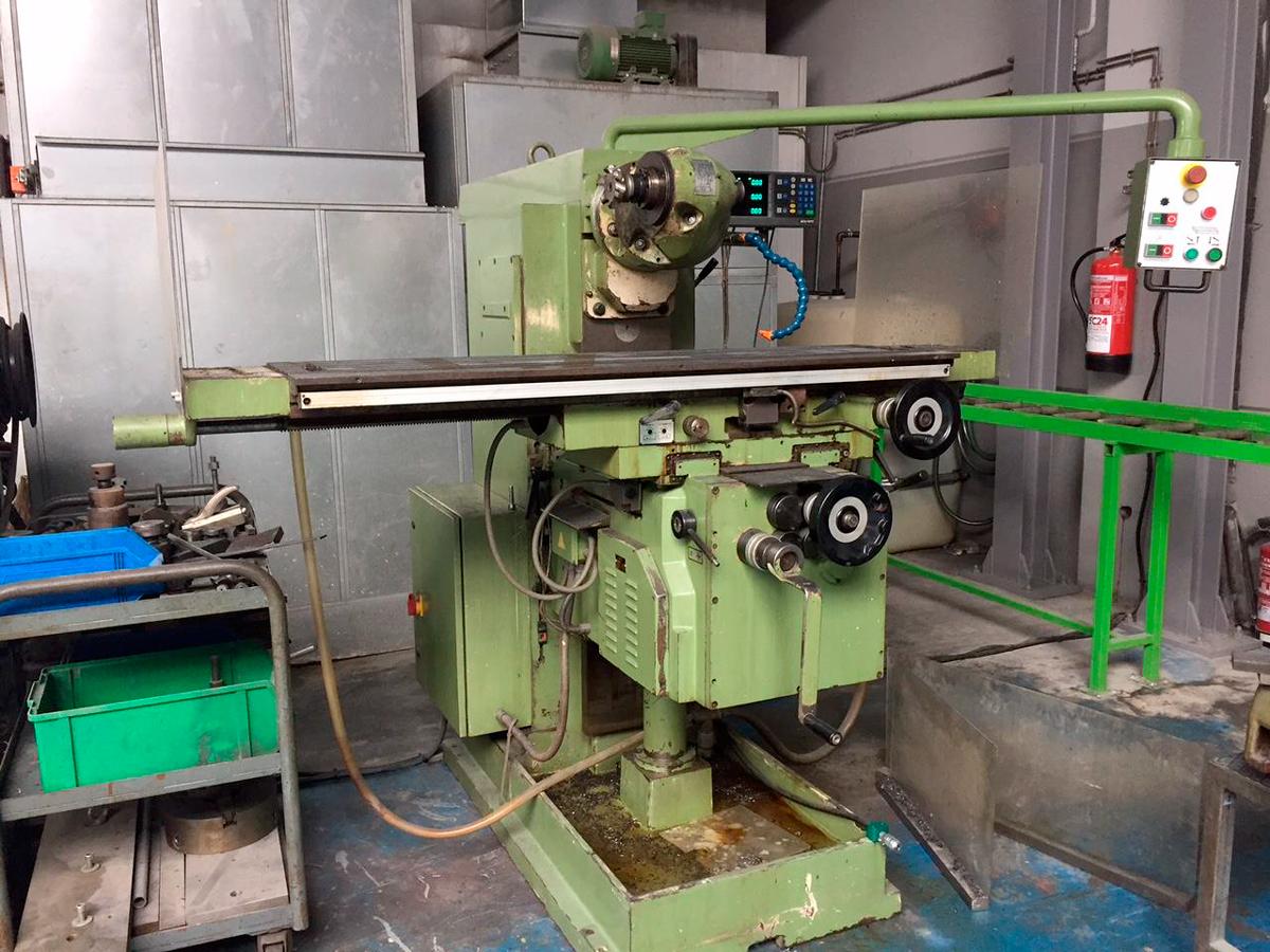 Universal millining machine MILKO