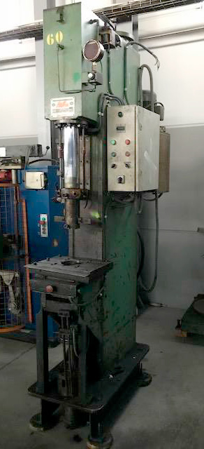 Hydraulic press throat depth RIBA 20 Tn