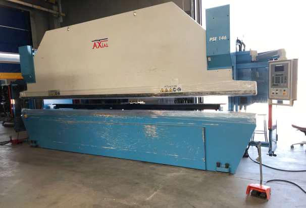 Sincro-electronic press brake AXIAL 4 axes