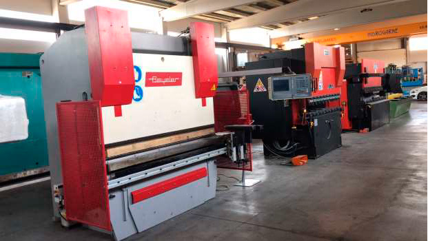Electronic press brake BEYELER with 6 axes CNC