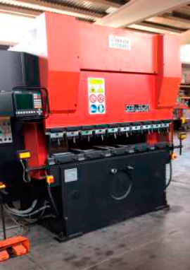 Sincro-electronic press brake AMADA-SCHIAVI with 4 axes CNC