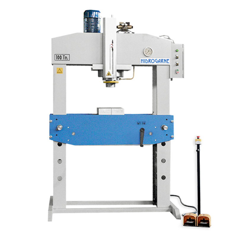 Motorized workshop presses with double stanchions and fixed head D series