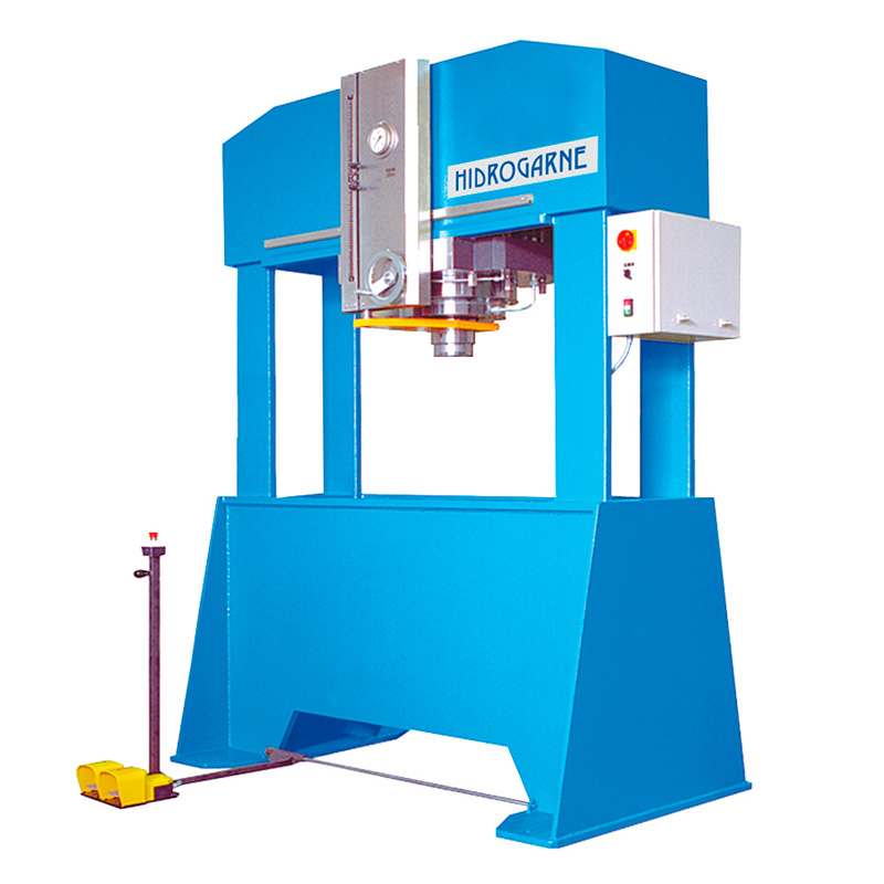 Hydraulic presses of double stanchion with fixed table · F series