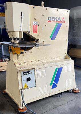 punzonadora GEKA mod PUMA-80